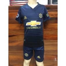 (เด็ก) ชุดทีมแมนเชสเตอร์ ยูไนเต็ด สีกรมท่า เสื้อ+กางเกง