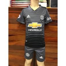 (เด็ก) ชุดทีมแมนเชสเตอร์ ยูไนเต็ด สีเทา เสื้อ+กางเกง